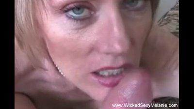 Look How Good She Sucks It