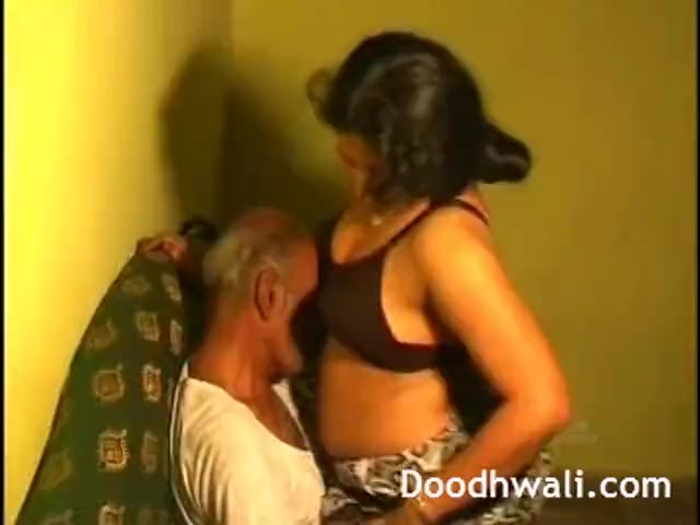 Preview 8 of Next Door Desi Bhabhi Fucked By Father In Law Leaked Online