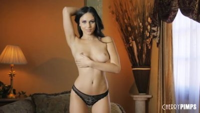 Ariana Marie is a Stunning All Natural Babe Who Masturbates While You Watch