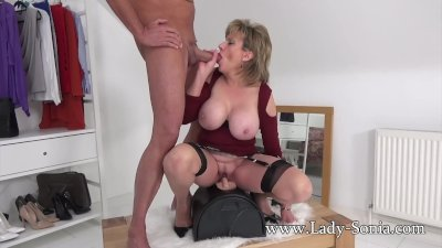 UK MILF rides sybian and sucks a huge cock