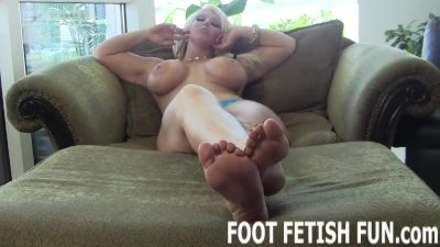 Toe Sucking And Femdom Foot Worshiping Videos