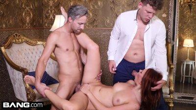 Glamkore Ani ebonyfox gets a sensual DP in a lux hotel room