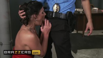 Brazzers - Phoenix Marie gets roughed up and stuffed by cop