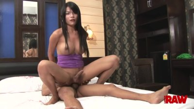Ladyboy Tata takes it in the ass