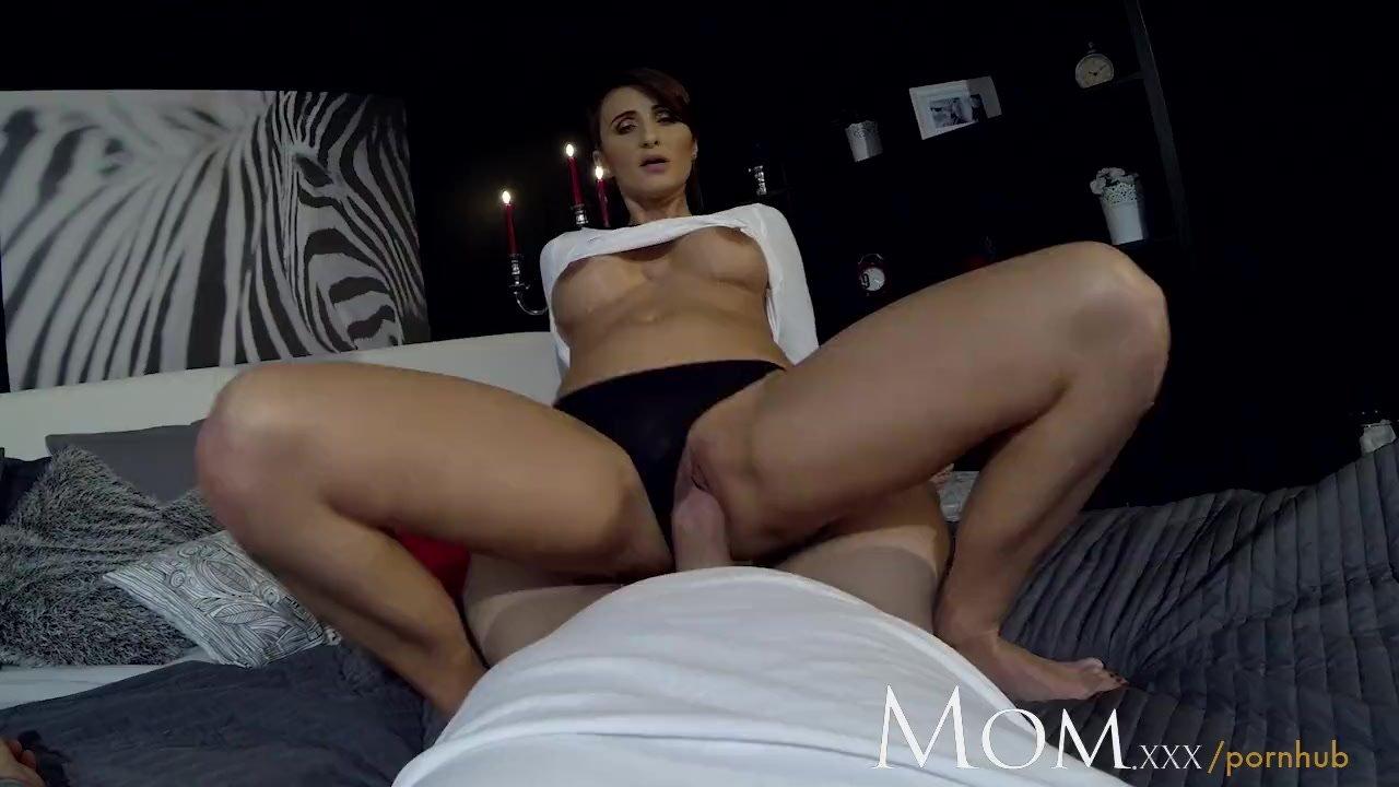 MOM MILF loves being filmed sucking cock