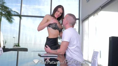Puremature - Kitana Lure's pink pussy will make your cock hard
