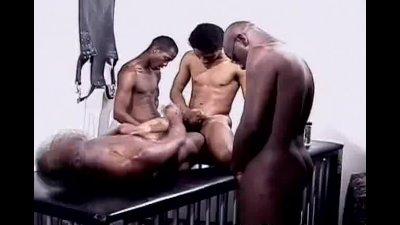 Black Dude Breeding Ends With Cumshots