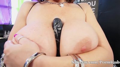 Sara Jay Stuffs Pussy with Big Black Toy!