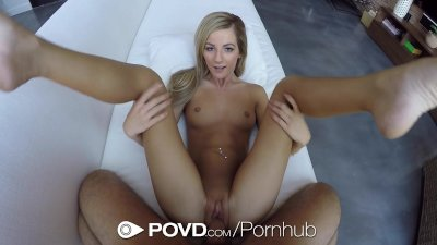 Gigantic dildo stretches and wrecks her greedy pussy