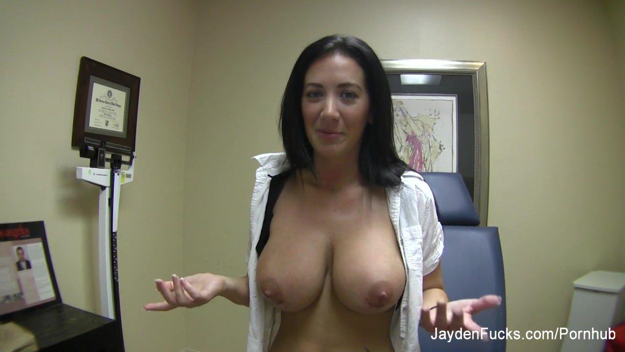 Fake tits/behind the scenes/behind more the scenes jaymes