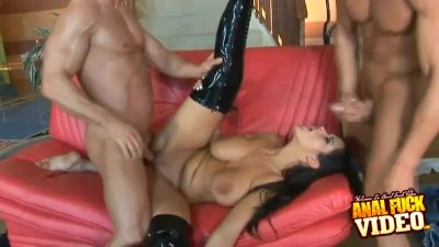 Anal Fucked Carmella Bing In A 3some