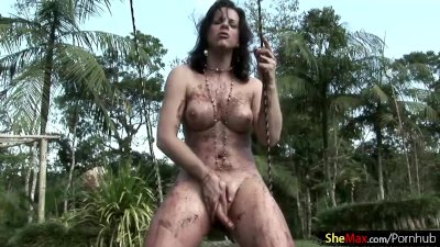 Chocolate covered shegirl jerks and squirts jizz in public