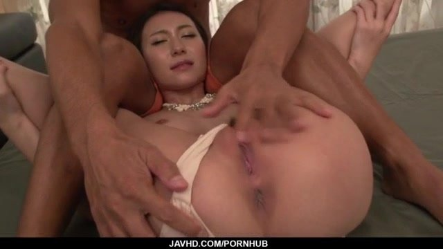 Sleazy scenes of Japanese sex with young Maya Kato