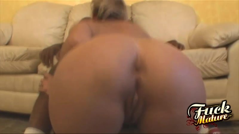 A Mouthful Of Cum For Kelly Leigh