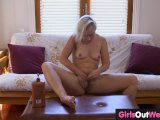 hairy amateur with big clit masturbates at homePorn Videos