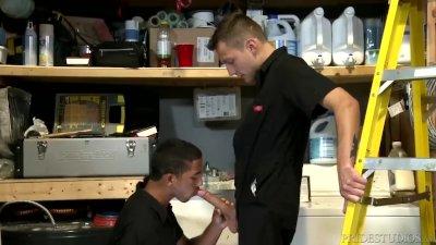Big Cock Handyman Tops Ebony Colleague