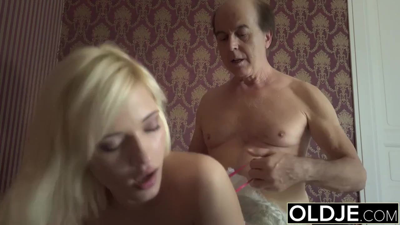 Blowjob/doggystyle/man and cock blowjob sex