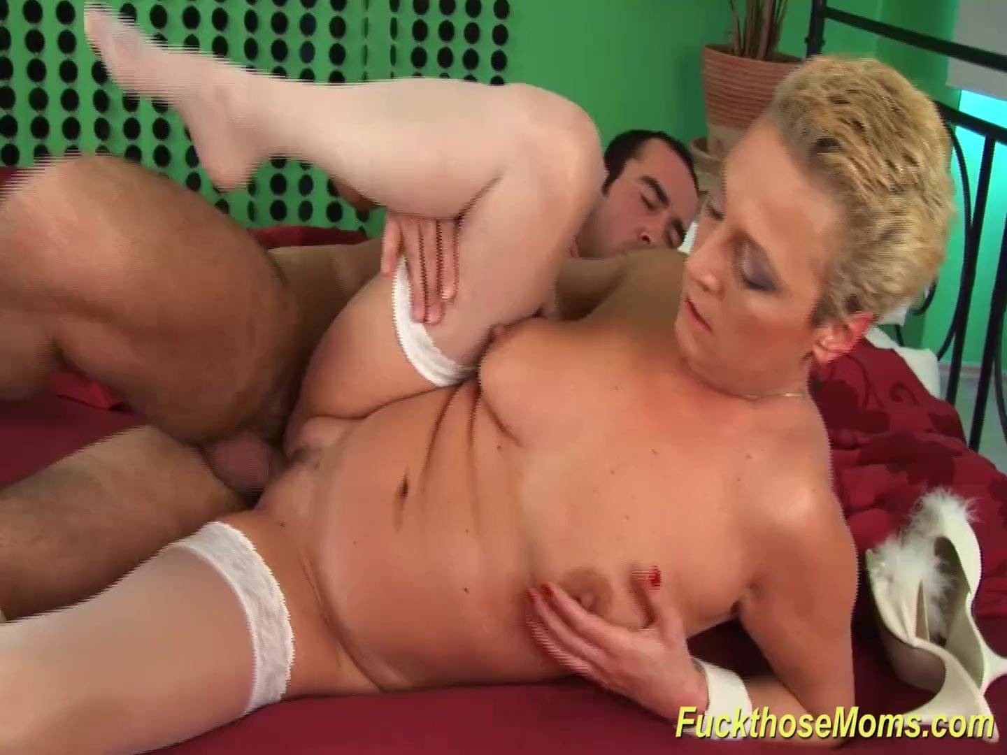 Mom/blonde/moms busty first big cock