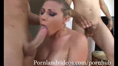 hot threesome for a blonde girl and two big dicks