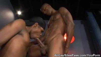 Ebony Hood Gay Porn