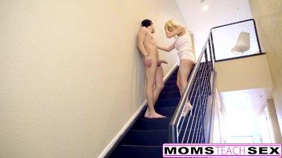 Squirting MILF Gets Creampie From Sleepwalking Step Son