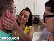 BANGBROS - Stepson bangs his GF Ava Taylor and Stepmom Lisa Ann (smv13200)