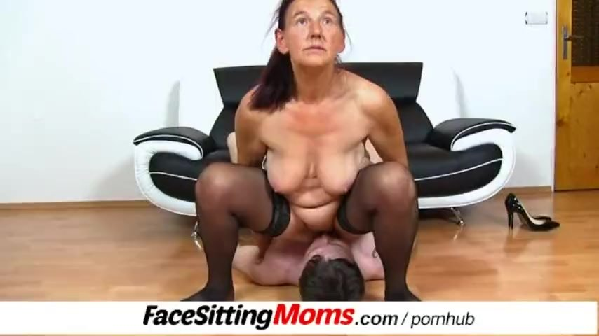 Grandma/feat gilf to linda pussy