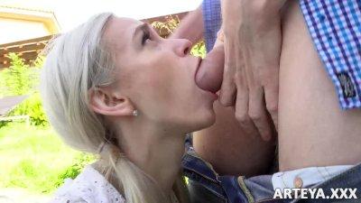 Arteya - Cum in my mouth, step daddy