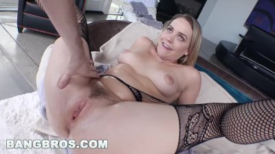 BANGBROS - PAWG Mia Malkova's Perfect Ass (pwg13212)