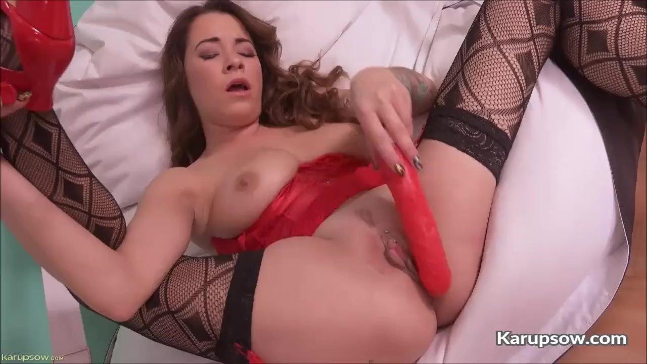 Sexy Milf Brandy Lee Dildo Fucking