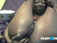 Essence Uol on Flirt4Free - Naughty Ebony Camgirl DPs Her Tight Sweet Holes