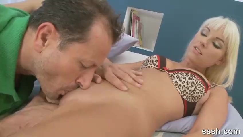 Pussy eating/having hot porn for