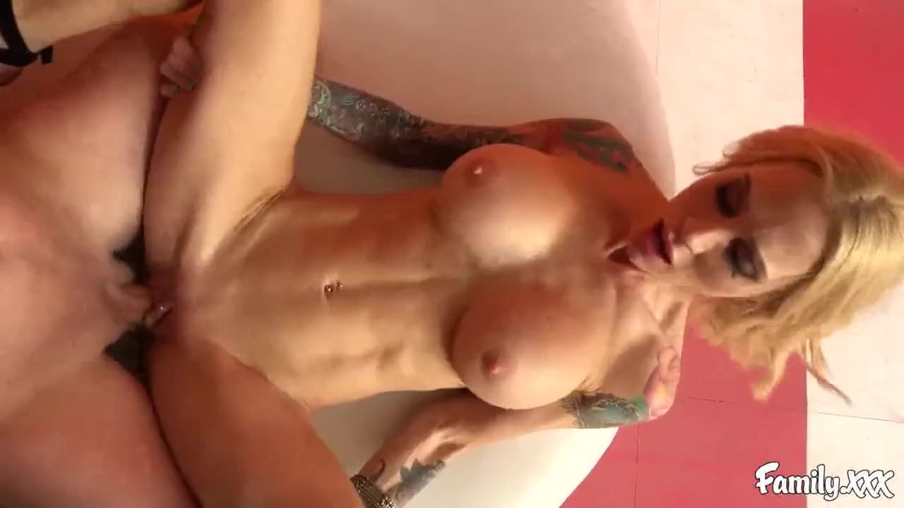 Sarah Jessie is Hoping She Can Motivate Her Stepson so She Fucks Him Hard