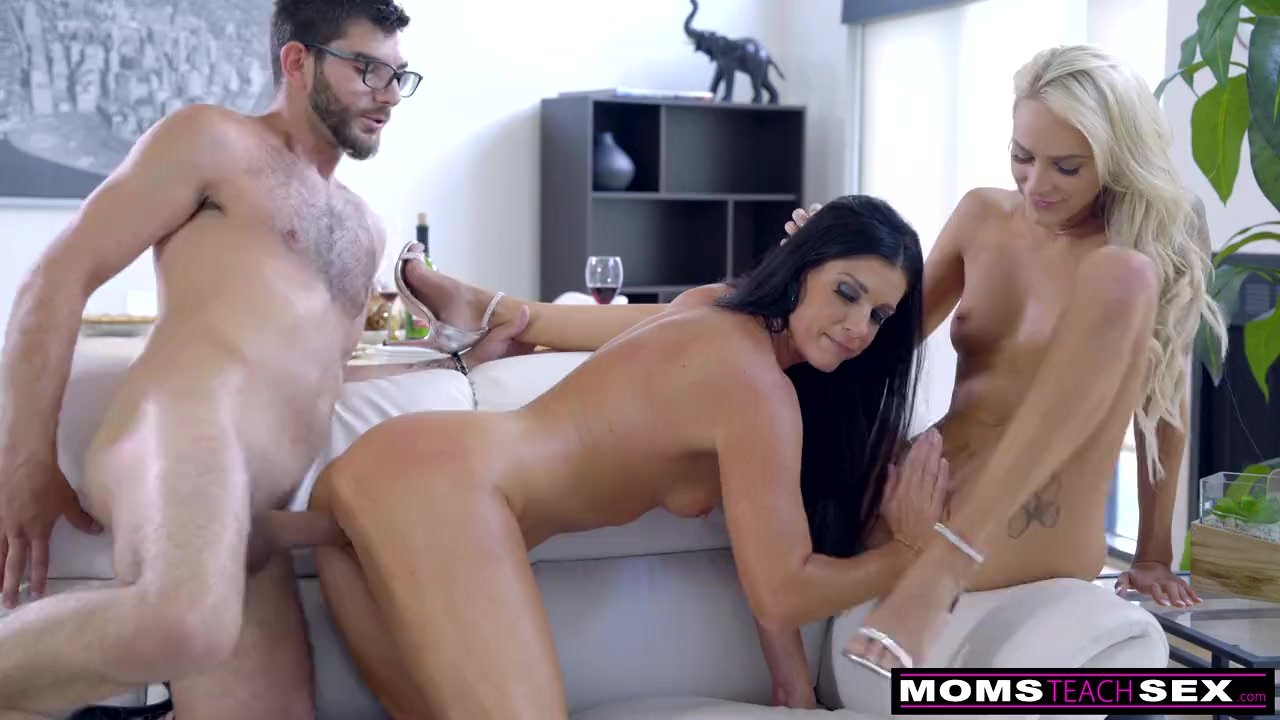 Mom Fucks Step Son & Eats Teen Creampie For Thanksgiving Treat