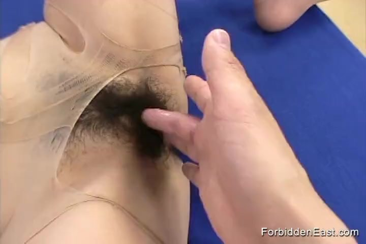 Blind Folded and Bound Asian Teen Gives Handjob and Blowjob to Master