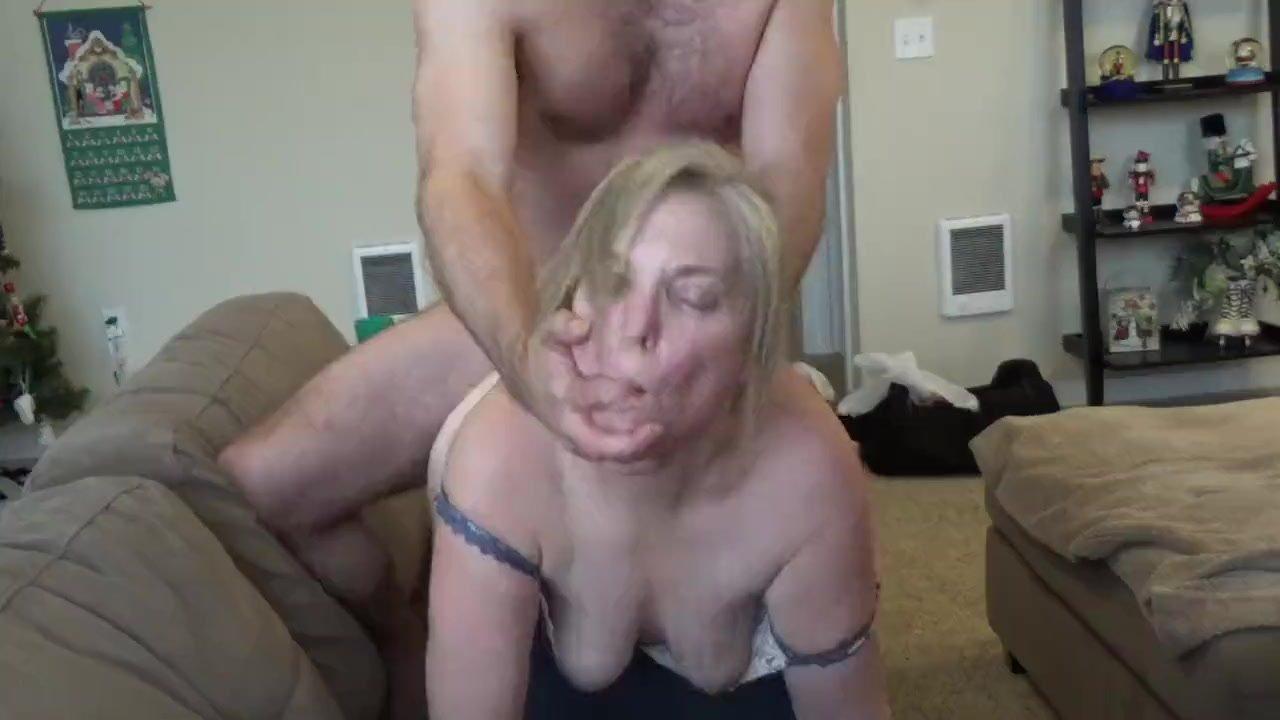 Amateur Teen Webcam Blowjob