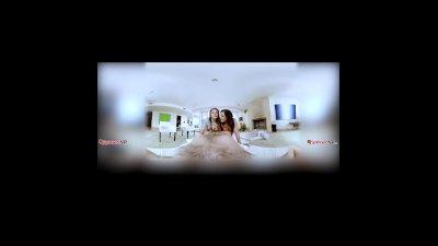 Keisha Grey and Abella Danger threesome bj in virtual reality