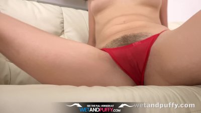 Wetandpuffy - Marley Brinx orgasms while playing with sex toys