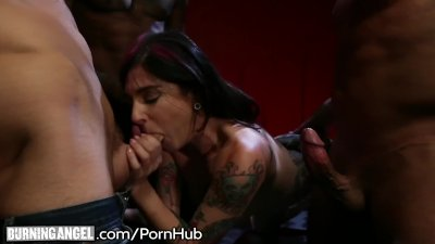 Joanna Angel Throats 3 Big Cocks that Unload on her Face!