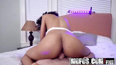 Mofos - Ebony Sex Tapes - Ariana Aimes - Busty Black Light Babe