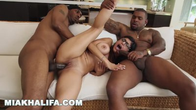 MIA KHALIFA - Big Tits Arab Pornstar Enjoying An Interracial Threesome