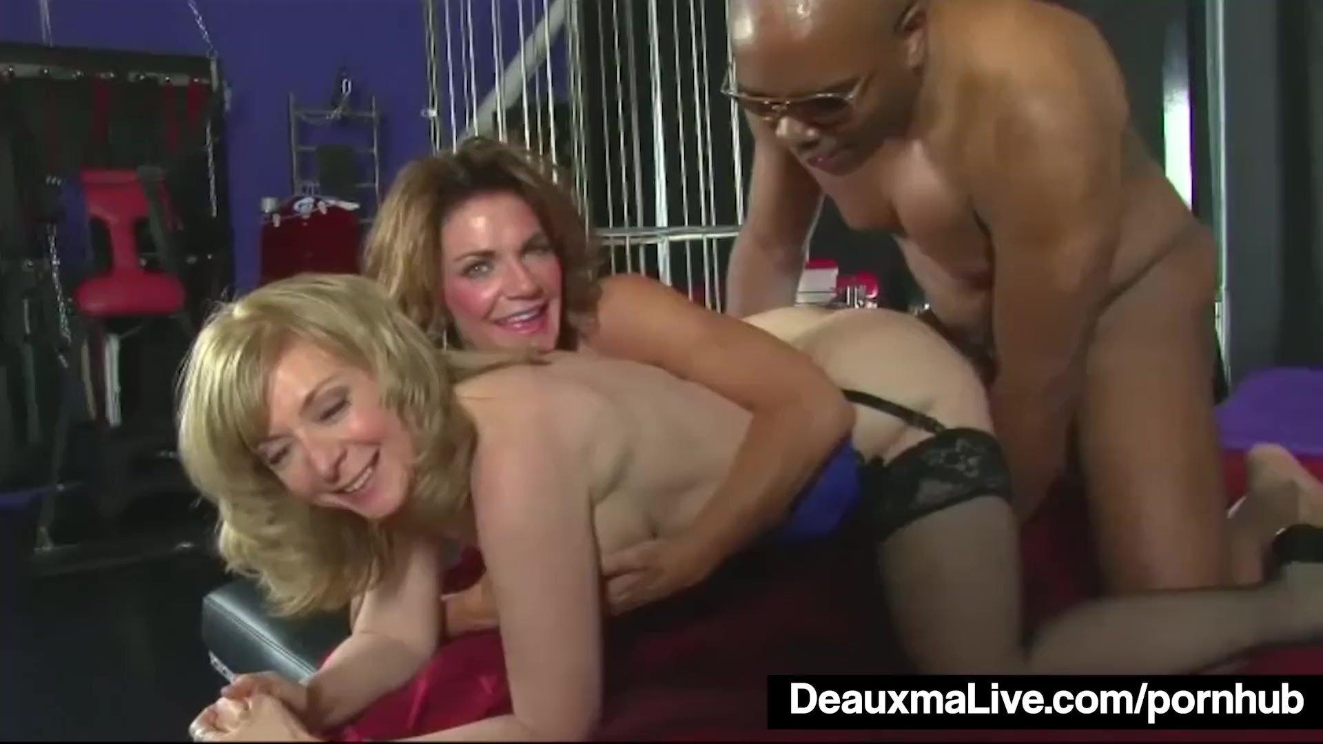Mature MILFS Deauxma & Nina Hartley Share A Big Black Cock!
