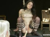 lesbian femdom action with ropes bondage and toysFür kostenlose Pornofilme hier