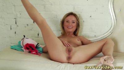 Sweet Skinny Real Flexi Teen Stretching