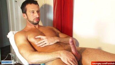 Andrea's big dick massage! (hetero male seduced for gay porn)