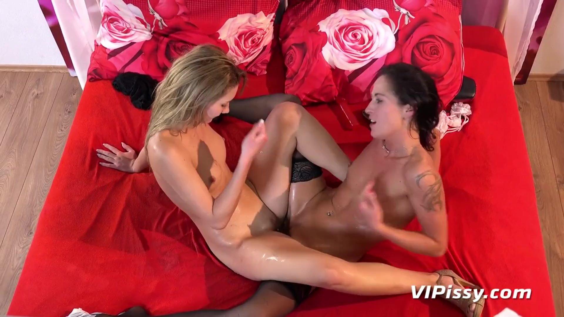 Lesbian Pee - Aika May and Vanessa Twain Piss soaked lesbians