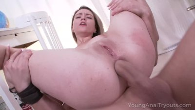 Young anal Tryouts - blowjob as foreplay before anal sex