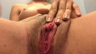 18 year old pussy cumming with a butt plug
