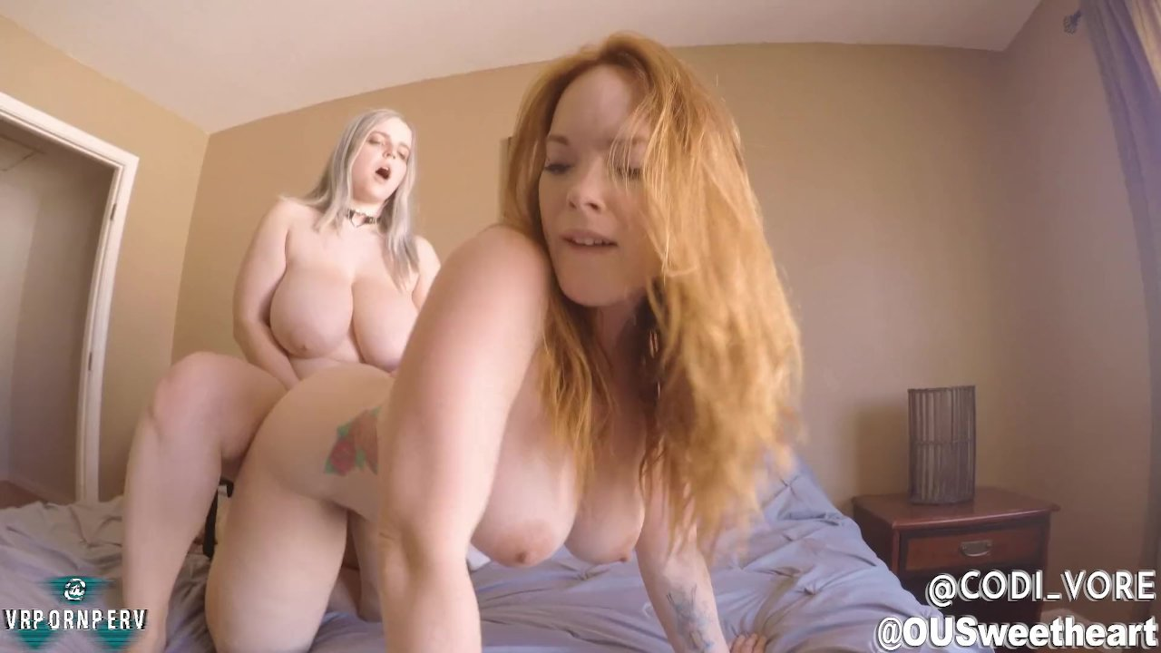 Hot Lesbian Webcam Dancing