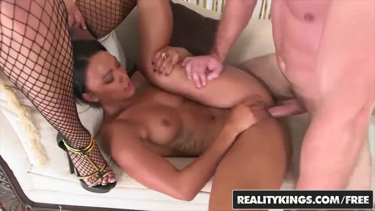 RealityKings - Round and Brown - Jayla and Foxx Mi - Ebony threesome